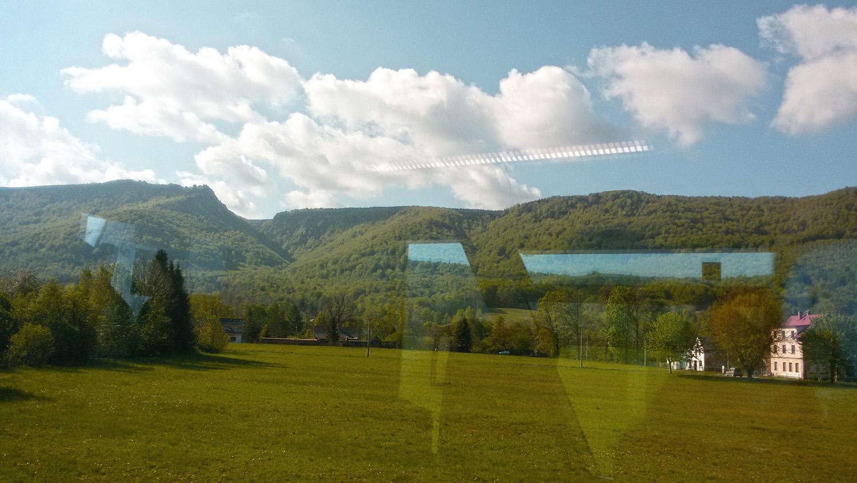 Výhled z vlaku v Hejnicích