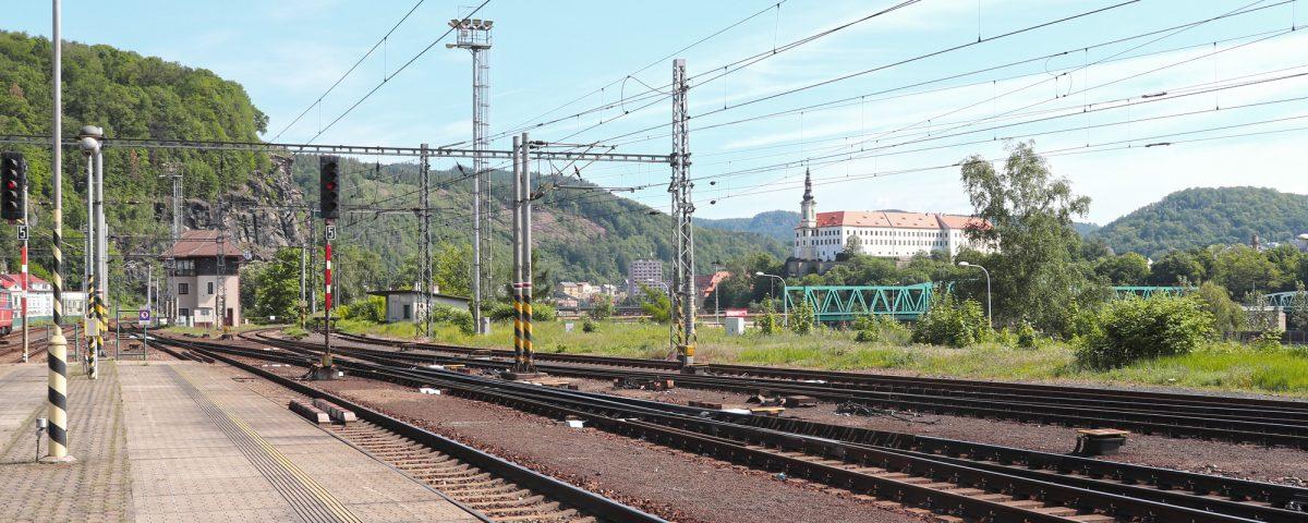 Dečínské nádraží